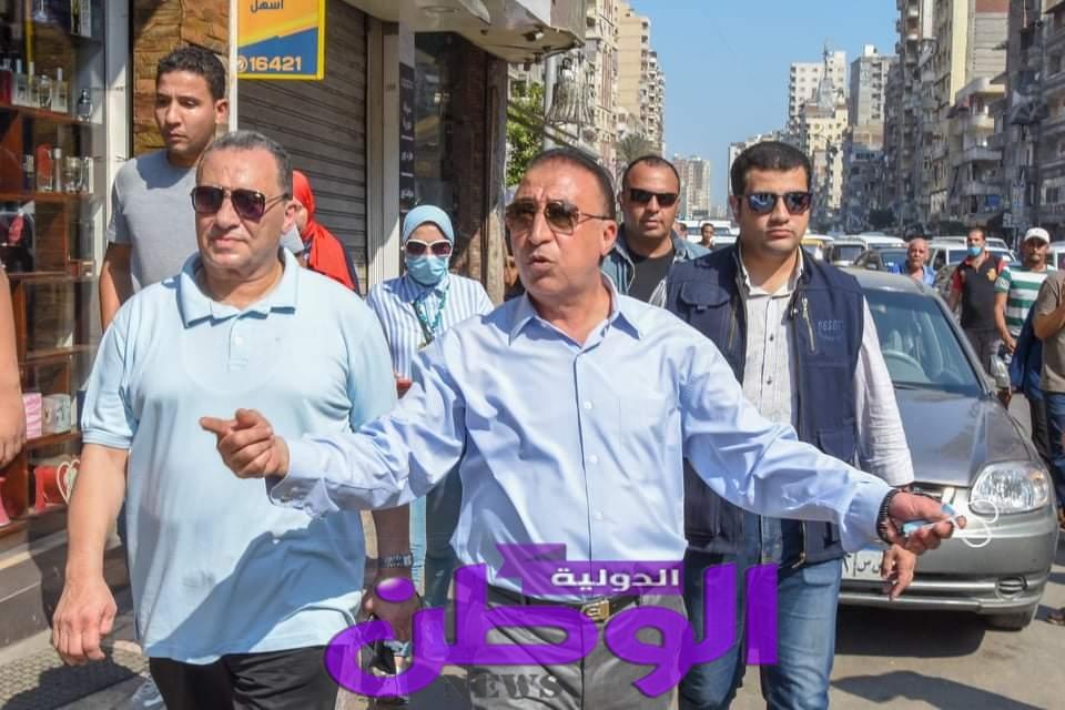 الشريف: يأمر بإيقاف مدير الإشغالات بحي المنتزة ثان، وإحالته للتحقيق الفوري